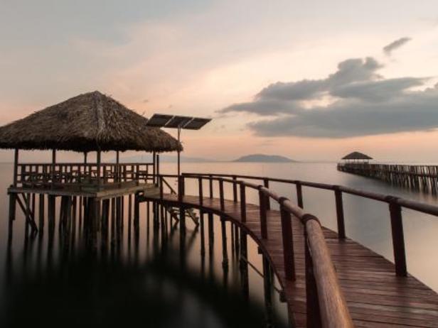 Nataya Round House Coral Bay Resort