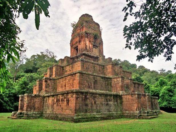 Baksei Chamkrong Temple